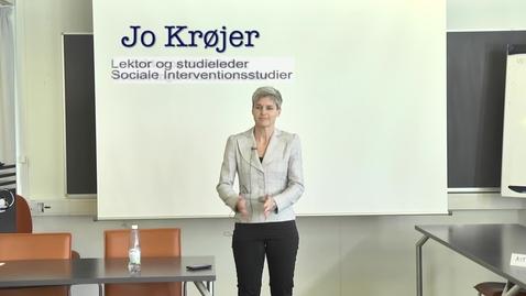 Thumbnail for entry Lektor og studieleder Jo Krøjer, Sociale Interventionsstudier om Klyngevejledning