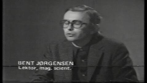 """Thumbnail for entry TV-Avis på baggrund af artikel i Politiken om RUC med titlen """"Et snabel dyr i statskassen"""" af Jette Panduro"""