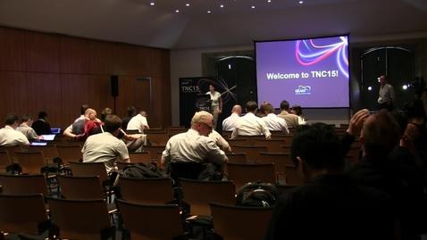 Thumbnail for entry tnc15-6c-multidomain-networking-video
