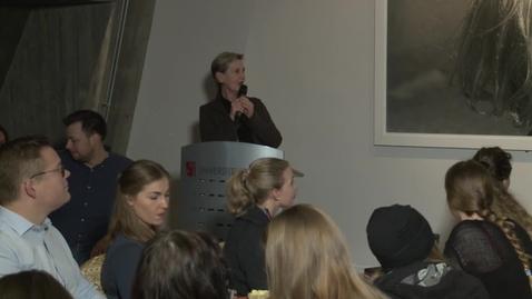 Thumbnail for entry Birgitte Kleivset med 8 mars-innlegget Nasty Women