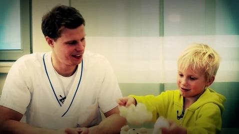 Tumnagel för Träffa Malin och Erik som läser på logopedprogrammet vid Göteborgs universitet