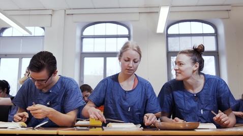 Tumnagel för Kompletteringsutbildning till sjuksköterska för dig som utbildat dig utomlands