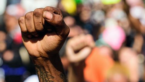 Tumnagel för Black lives matter - demonstrationer mot polisbrutalitet och rasism